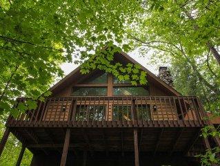 Elk   Hocking Hills: 2  BR, 1  BA Cabin / Bungalow in S. Bloomingville, Sleeps 4
