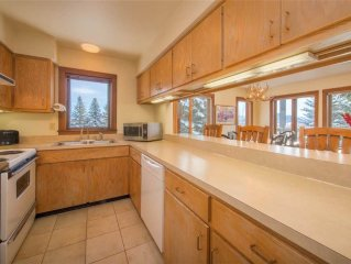2bd/2ba Rendezvous B 4: 2 BR / 2 BA condominiums in Teton Village, Sleeps 6