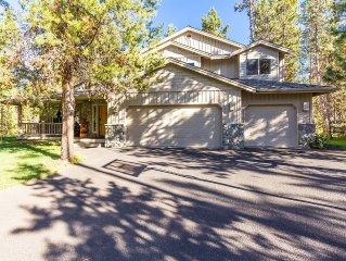 Lodge Style Home, Basketball Hoop, A/C & Gas Fireplace, Private! -Gosling 5