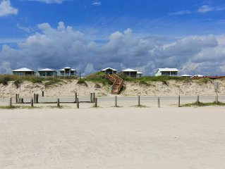 Beach -front/view/access-FREE GOLF CART-now thru May!