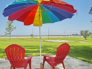 BEV'S BEACH HOUSE - Come and Enjoy This Beautiful Beach House in Waveland!