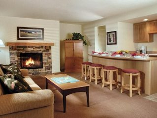 Bend, OR: 1BR w/Fireplace, Pool, Ice Skating, Stables, Lake, Watersports & More!