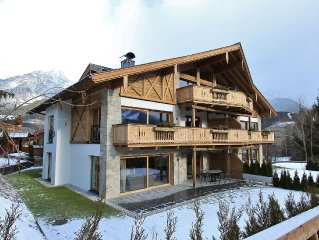 Luxury lodge, attractively decorated, with sauna, near the lift