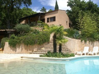 Villa on large grounds with private pool, tennis court and beautiful view.