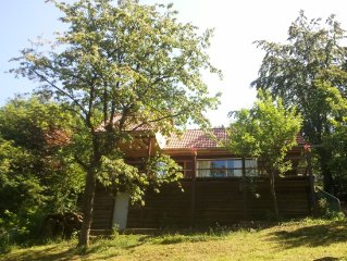 House in nice peaceful location with lots of privacy for 2 people or small fami