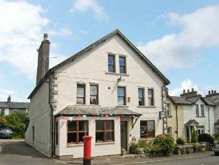 GRANGE FELL, pet friendly in Grange-Over-Sands, R