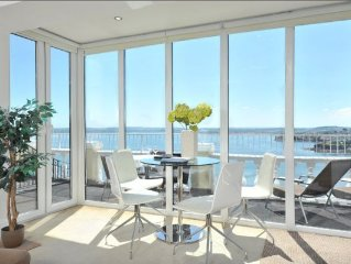10 Astor House - premier one bed apartment with stunning uninterrupted sea view