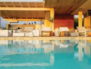 Ferienhaus mit Pool und Garten am Gardasee