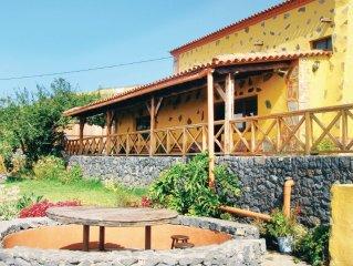 2 bedroom accommodation in Icod el Alto