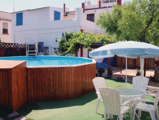 3 bedroom accommodation in Penaflor