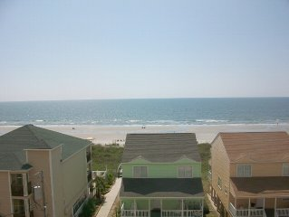 Beautiful, large, 3 bed 3 bath condo with great views, 2 pools and a hot tub