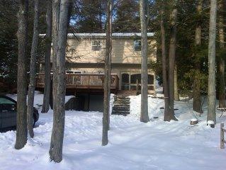 Beautiful 5BR Lakefront House Sleeps 10