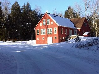 Beautiful Mountain Home on 10 Private Acres (londonderry)