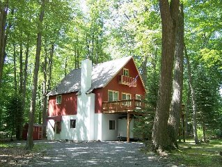 Charming 4 BR, 2 BA, LR, FR Cozy Mountain Home