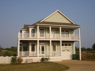 Exceptional Beach Home on The Currituck Club Golf Course- Corolla-