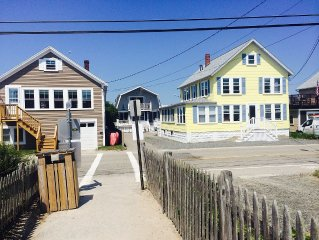 DIRECTLY ACROSS THE ST FROM WELLS BEACH*GREAT SEPTEMBER RATES:9/9-9/16 AVAILABLE