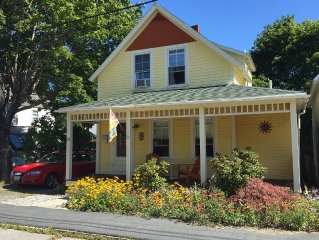 Bar Harbor in town cottage - walk to shops, restaurants and Acadia NP trails!