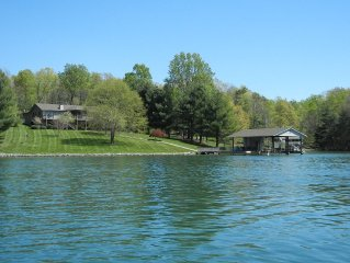 Tranquility Bay - Quiet, Wide Water Cove, Linens, Kayaks, Big TV's, Pool Table