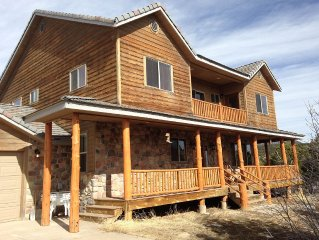 Luxurious Canyon Home Near Zion Park - EVERY 3RD NIGHT FREE