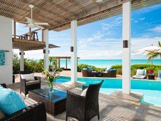 Sapphire Sunsets: New luxury beachfront villa w/ pool, amazing views