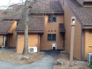 Immaculate 2BR Nordic Village(Bartlett/Jackson) Condo- 1 Mile StoryLand