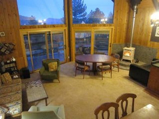 Lovely Mountain-View Retreat - Special - FREE 4th wk night with 3 wknight rental