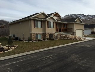 New luxury retreat home 6BR in Eden, Utah.  Near Powder mt and Snowbasin