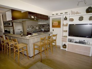NOTHING ELSE LIKE IT!  3BR, 3BATH APT IN PROVIDENCIA