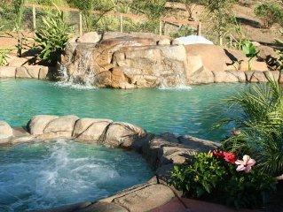 Luxury 5 BR Wine Country Villa w/ Pool,  Spa, Gardens, Views, City Lights!!