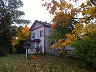 Rural Madison Farmstead - $149 for 2 guests