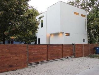 Modern Cube House in 78704 SOCO/Bouldin