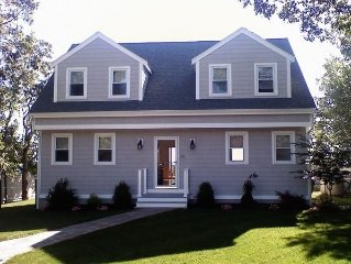 Oceanfront Remodeled Home in Plymouth-Manomet - Sleeps 6-8