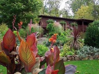 Cozy Garden Getaway in Historic Lancaster County