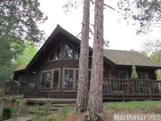 Cabin On A Crystal Clear Sandy Lake In Northern Minnesota -- Sleeps 11 In Beds