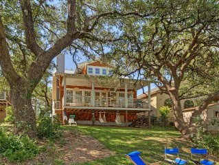 Lake LBJ Done In Style, With All The Comforts Of Home On The Open Waterfront.
