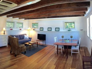 Newly Renovated cottage in heart of North Truro, walk to beach and shopping!