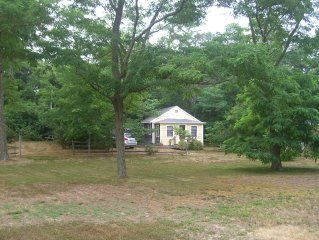 Sweet, clean quiet Cape Cod cottage--Close to Bike Trail  Herring Pond