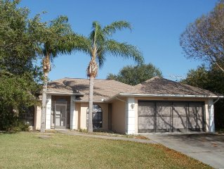 Well-maintained, South-West Florida River-Front Vacation Rental waterfront lanai