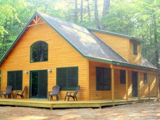 Picture Perfect Cabin with a Private Dock and 10 minutes to Shawnee Peak!