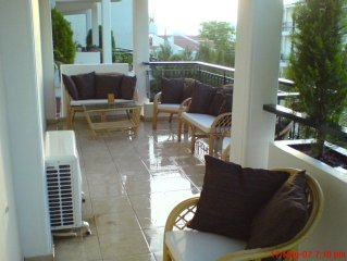 Beautiful 3 bedroom condo 5 min from Voula Beach