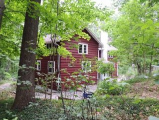 House Close to Hiking, Wineries, Water Sports, Cornell, & Ithaca College