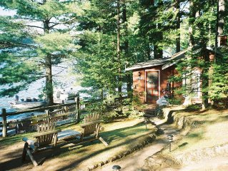 Lakefront Northwoods Wisconsin Cottage on prime fishing lake