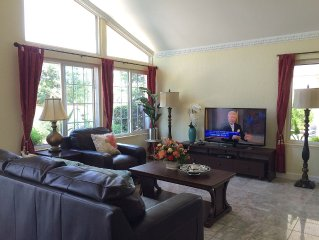 New remodel House,Cozy 1000 sqft private Pool, Accom 3 Families