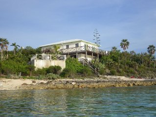Playa de Papaya, Waterfront Home