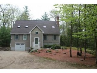 NH home , sleeps 15.  Fall Foliage, Shopping in North Conway, Skiing!!!!