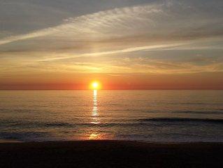 BEACHFRONT WITH AMAZING SUNRISES!