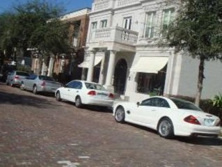 Steps to Park Ave, Shops, Restaurants, Rollins college.