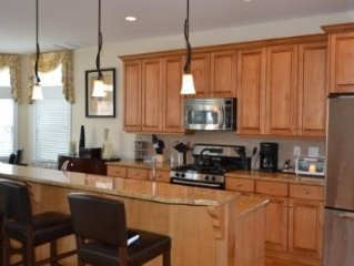Gorgeous House-Oceanside!  Renting Fall Weekends