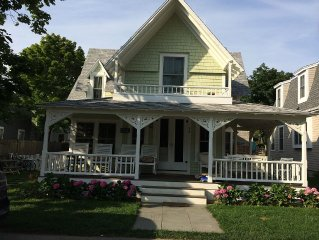 Walk to the Beach and to the Town, 8 Bedroom Victorian