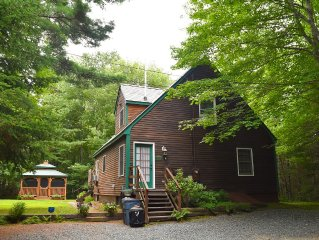 Enchanting, Secluded Cottage Close to Bar Harbor, Acadia NP, and Much More